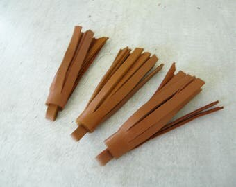 3 tassels fringes cognac brown leather 5 cm