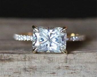 Forever Classic Moissanite Engagement Ring 6*8mm Radiant Cut Moissanite Ring Diamonds Setting Stackable Wedding Ring 14K Yellow Gold Ring