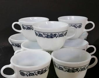 Vintage pyrex Old Town, Blue Onion cups. Set of 10