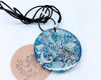 Orgone pendant with chalcedony, moon and stars