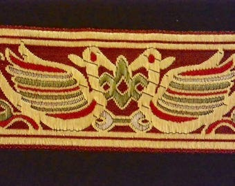 Trimmings Laos traditional 5cm - background Burgundy