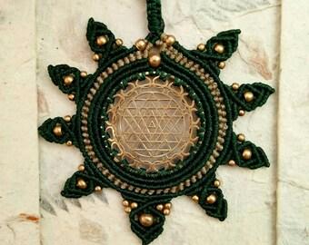 Big Sri Yantra and macrame necklace with brass beads. Green color. Macrame jewelry, festival jewelry, Gipsy Jewelry, Boho style.