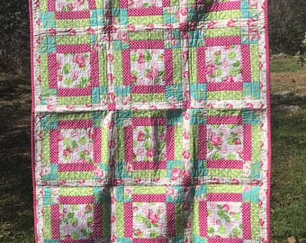 Rosy quilt, lap quilt, throw quilt, baby quilt, baby girl quilt, toddler quilt, cot quilt