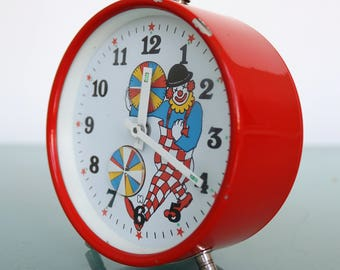 CLOWN Alarm Top! Mantel Dutch Clock Vintage ANIMATED FEATURE White Shelf Working Condition