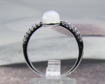 Statement silver ring and Moonstone size 58