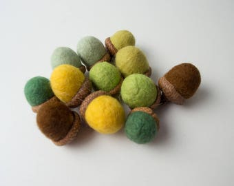 Acorns made of wool, natural material, home decoration, filler for vases, felt