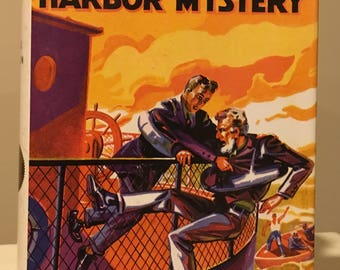 The Hardy Boys -The Hidden Harbor Mystery by Franklin W. Dixon - Applewood 1st Printing