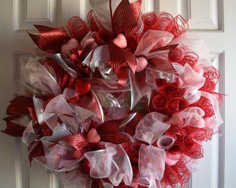 Valentine Day Wreath, Holiday, Hearts Galore, Red Mesh