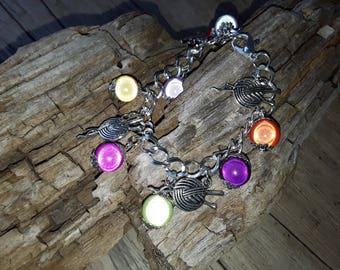 Set bracelet and earrings multicolored
