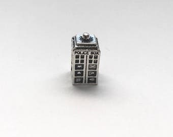 Doctor Who inspired Tardis Charm (fits Pandora)