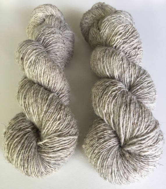 1 ply Natural Grey 100% non super wash - Fingering Weight - 400 yards 100 grams