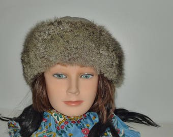 Nice  vintage fluffy gray opossum fur hat with polyester top  - M
