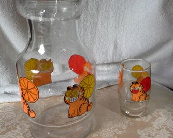 Garfield juice pitcher, no lid, one matching glass