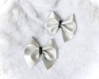 Black and Silver Cross Bow