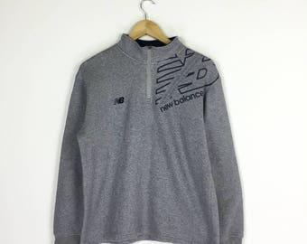 New Balance Sweatshirt spellout  pullover half zipper sweater / medium size