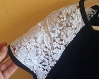 Valentino's Vintage women top/Valentino shoulder lace blouse/Valentino's iconic designer's Vintage 90s blouse/Made in Italy