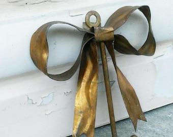 vintage bow shaped single hook, copper plated metal hook, vintage closet hook