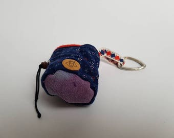 FREE SHIPPING- mini chalkbag keychain- Flowera