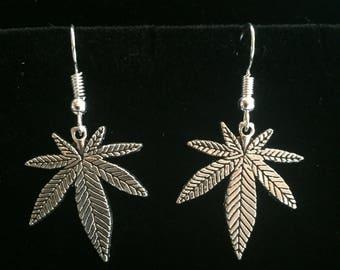 Marijuanna charm earrings