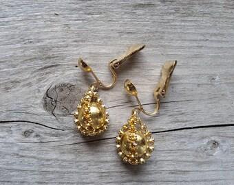 Vintage Amber Rhinestone Drop Earrings-Amber Rhinestone and Gold Clip Earring-Gold Yellow Rhinestone Vintage Dangle Earrings-Free Shipping