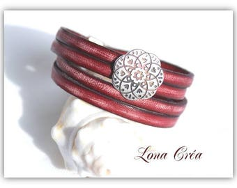 Vintage red leather bracelet double turn - metal flower silver Zamak - silver magnetic clasp