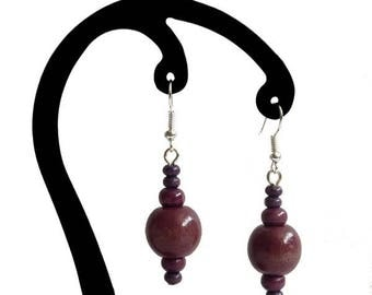 Earrings with purple wooden beads