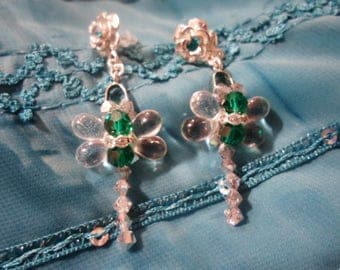 Earrings and its crystal dragonflies