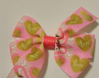 Flamingo hair bow, Valentine's hair bows, baby hair bows, pink hair bows, heart hair bows, Valentine hair bow, Valentine flamingos, pigtail