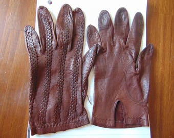 Vintage Brown Leather Gloves with Weave Pattern