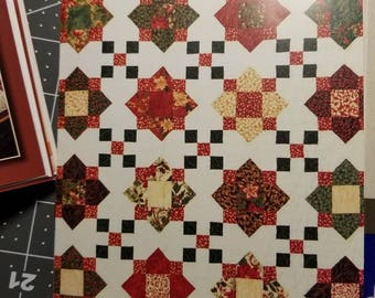 Beautiful quilt, can be made to order in size or color.