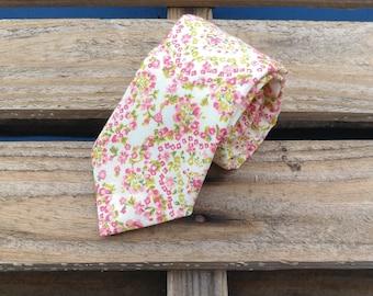 Tiny Pink Flower Necktie, Floral Necktie, Pink Floral Necktie, Pink Flower Necktie, Flower Necktie
