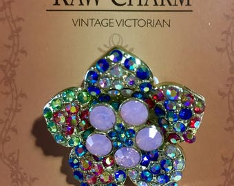 Raw Charm Vintage Victorian Brooch Pin, Flower Pink Blue Brooch Pin.