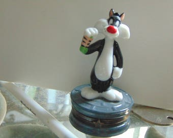 Midwest of Cannon Falls  presents SYLVESTER  the Cat  for Warner Bros.