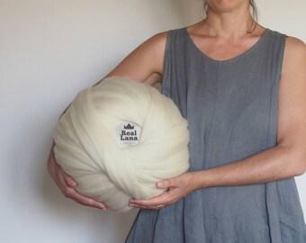 Lana XXL blanca merina, ovillos lana natural, Lana ecológica, sin tintes, Tejer con los brazos, Lana de España, Lana en mecha, Lana gruesa.