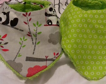 Set of two bibs