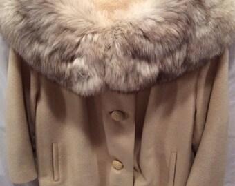 Printzess Vintage Cream Wool Coat with full Fox Collar