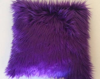 Faux fur pillow cover, Purple faux fur pillow cover, Fur purple pillow, Throw pillow, Decorative pillow cover, Purple fur pillow, fur pillow