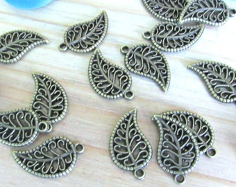 Leaf Charms, set of 15, tree leaf charms, small leafs, nature charms, tree leaf, metal leafs, small charms, golden leafs