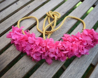 Strawberry Preserved Flower Belt