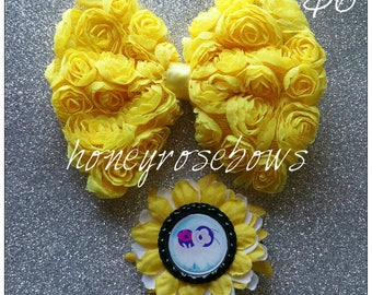 Summer yellow hair clips