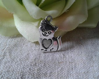 """set of 5 Silver """"cat heart"""" charms"""