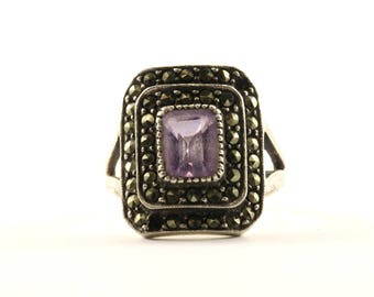 Vintage Women's Rectangle Marcasite Amethyst Ring 925 Sterling Silver RG 351