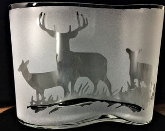 Etched Deer Family Vase Buck Doe Fawn Permanently Sandblasted Image Gift for Hunters