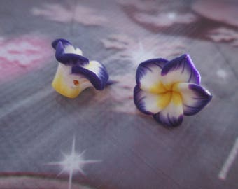 2 polymer clay flower beads, purple, yellow and white 15mm