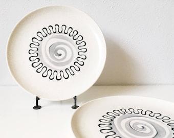 "Vintage Metlox Aztec 10"" Dinner Plates + Set of 2 + Mid Century Atomic Kitchen + Poppytrail + Minimalist Design"