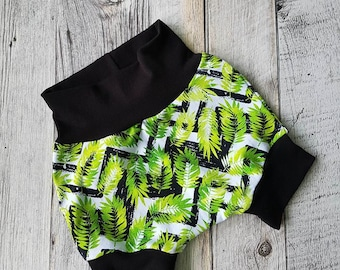 Scalable Shortie - Chevron and leaves
