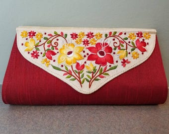 Embroidered clutch embroidered evening bag floral clutch floral evening bag envelope clutch India gifts for her