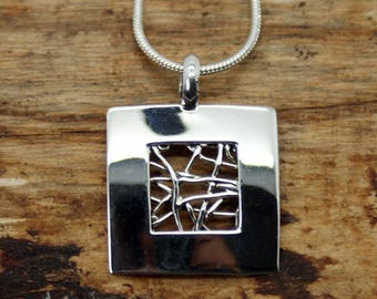 Silver Plated Open Wired Square Pendant with Free Chain (TP-005)