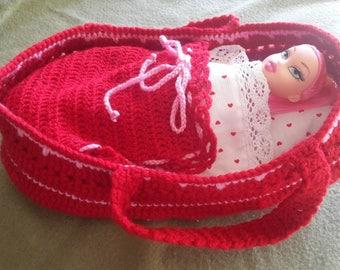 Baby doll. Crochet and acrylic yarn.