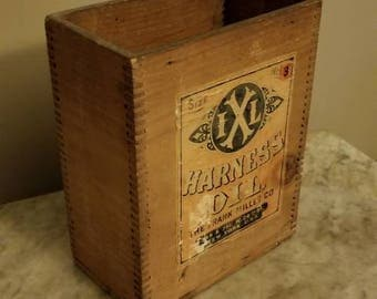 Vintage Dovetail Wooden Box